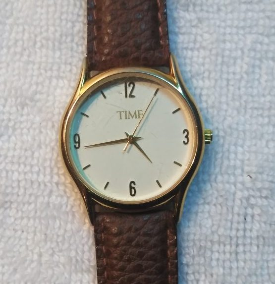 Pre-owned Time Men's Leather Analog Watch with leather band